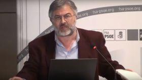 José Antonio Errejón, en 2010 durante una charla del FSA-PSOE de Asturias.