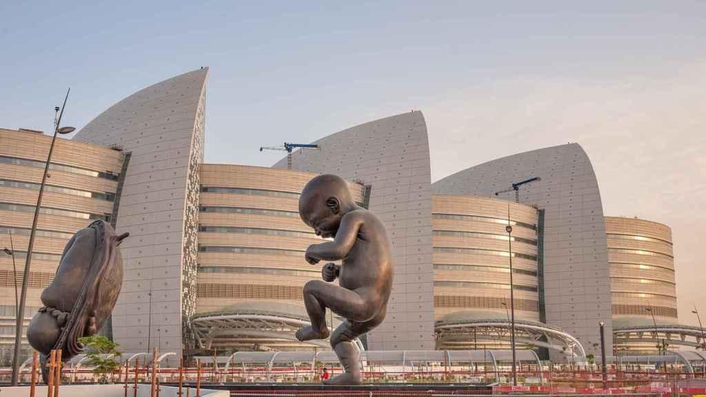 El lujoso y futurista hospital en el que nacieron los hijos de Xavi en Doha.