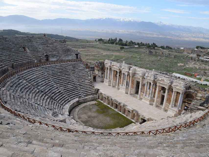 El teatro de Hierápolis tenía capacidad para más de 15 mil espectadores.