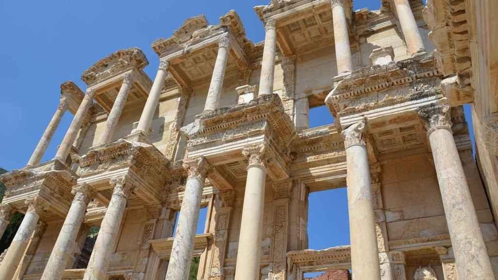 La estructura actual del templo de Apolo data del siglo III d.C.