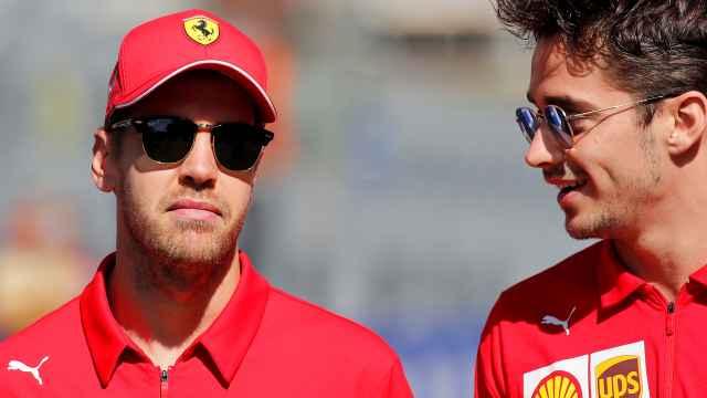 Las imágenes del mundo del deporte: Vettel se queda sin pelo y sorprende con su nuevo look