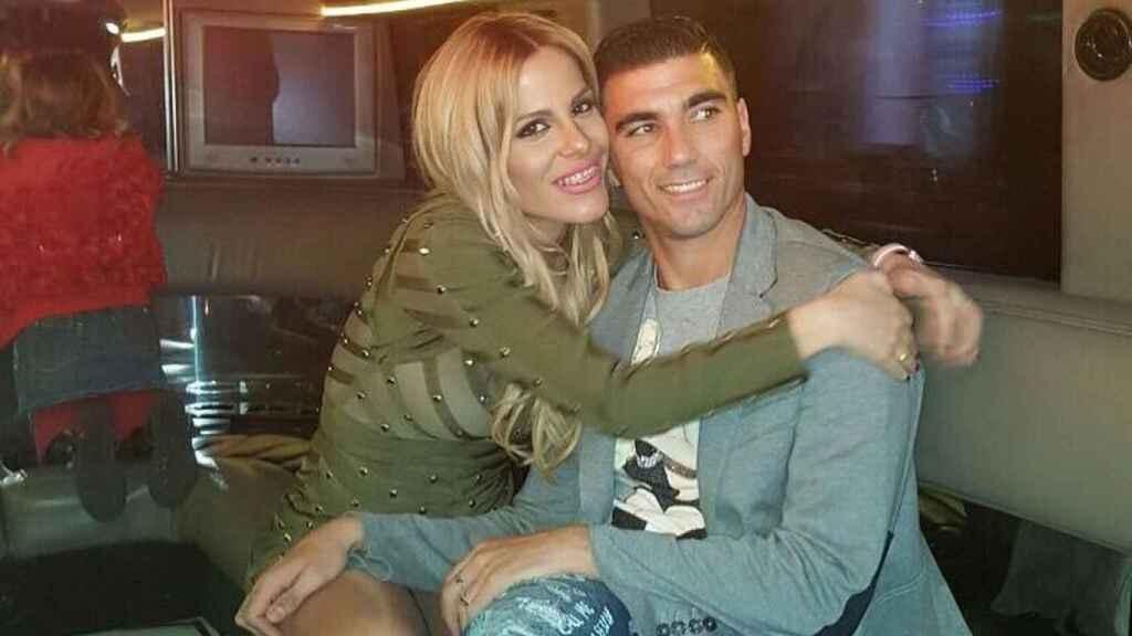 Noelia López junto al que fuera su marido, el futbolista José Antonio Reyes.