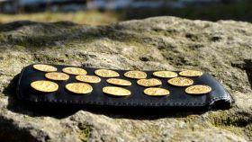 Las 16 monedas de oro de la época del emperador Teodosio II.