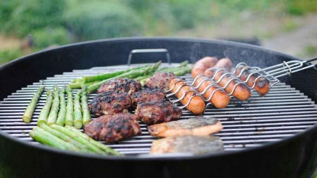 La carne muy cocinada a la parrilla no es beneficiosa para la salud.
