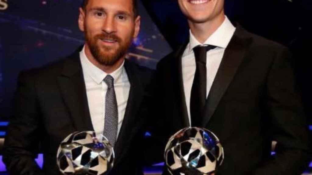 De Jong y Leo Messi