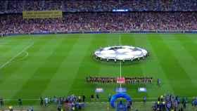 Pancarta política en el Camp Nou durante el Barcelona - Inter de Champions Leage