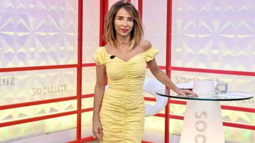 En la actualidad María Patiño divide su tiempo entre 'Socialité', 'Sálvame' y 'Sábado Deluxe'.