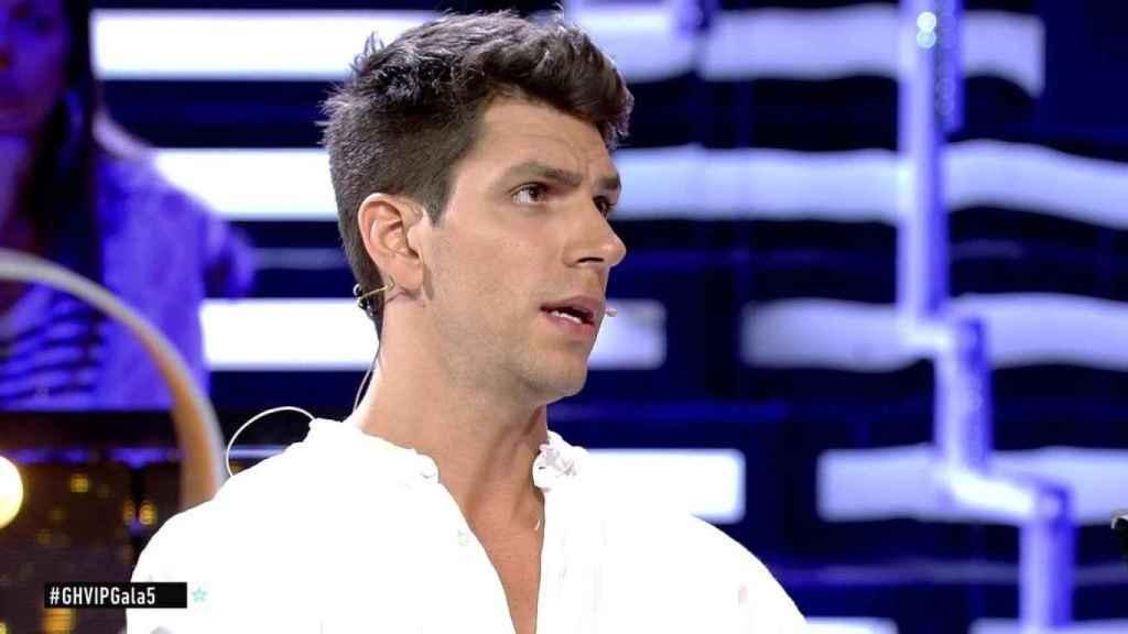 Diego acusa a Kiko Jiménez de acercarse a su mujer por estrategia.