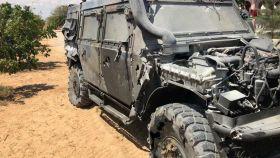 Estado en el que quedó uno de los vehículos Lince alcanzados por la explosión de la mina.