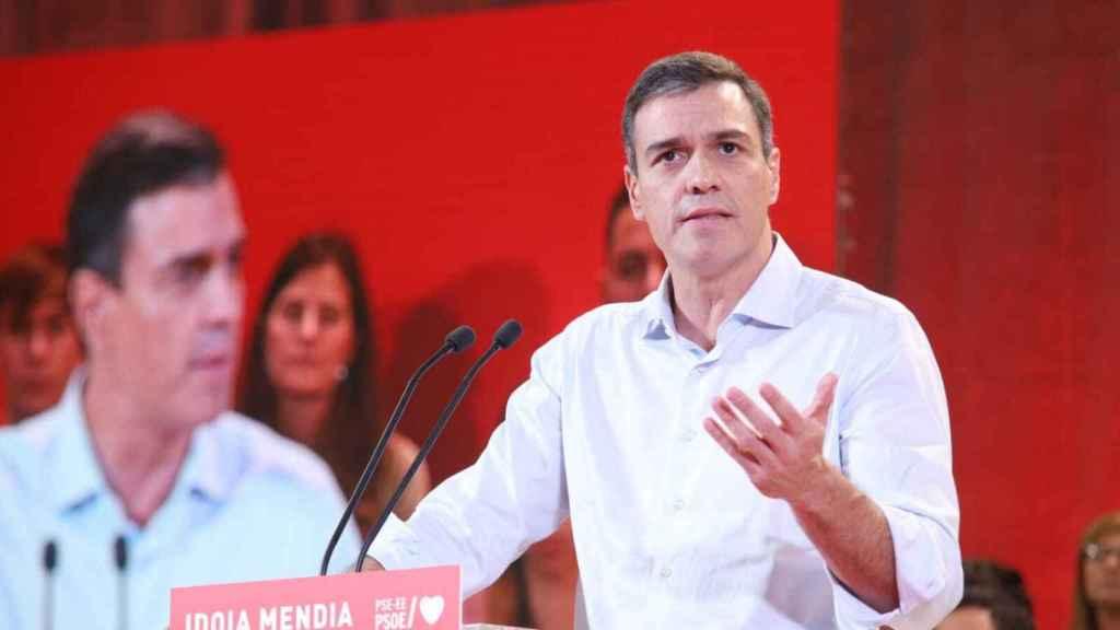 El presidente del Gobierno en funciones, Pedro Sánchez, en un acto de precampaña.
