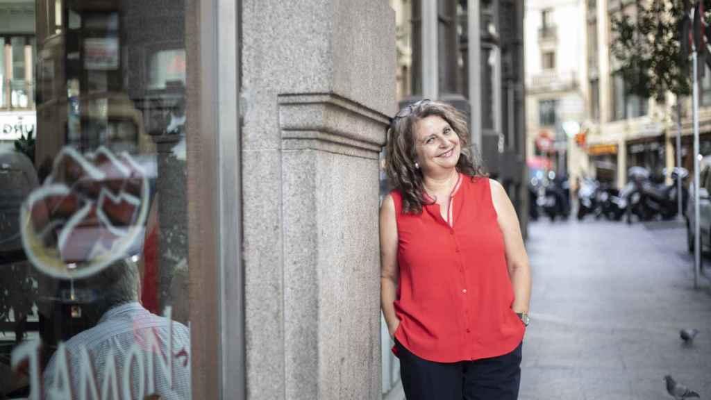 María Elvira Roca Barea, en una calle aledaña a Gran Vía.