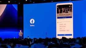 Facebook rompe la barrera de la Google Play Store: 5000 millones de descargas