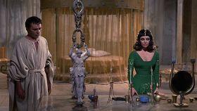 Richard Burton y Elizabeth Taylor en la película 'Cleopatra'.