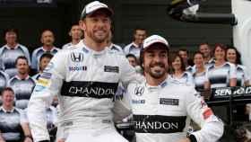 Button y Fernando Alonso
