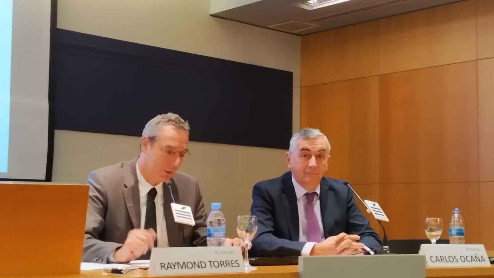 Raymond Torres, director de coyuntura y análisis de Funcas junto a Carlos Ocaña,  director general de Funcas.
