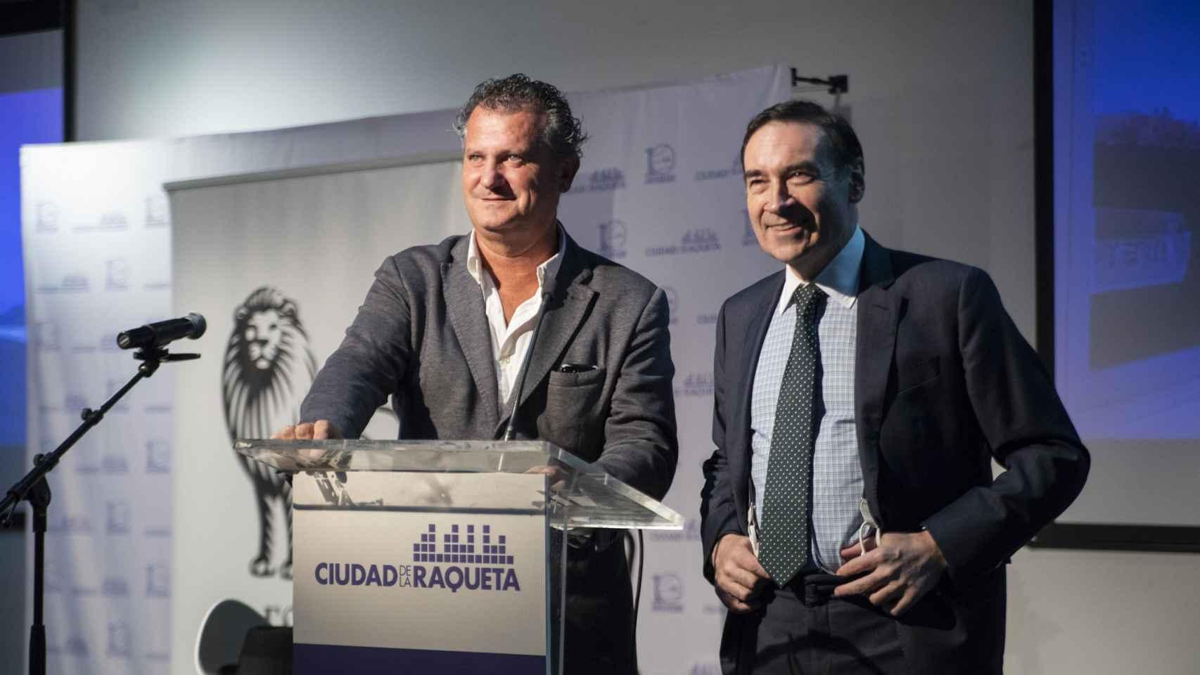 Javier Martí y Pedro J. Ramírez