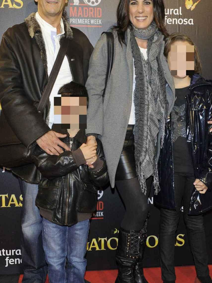 Alicia Senovilla, su exmarido Erasmo Ubera y sus dos hijos, Erasmo y Carlota.