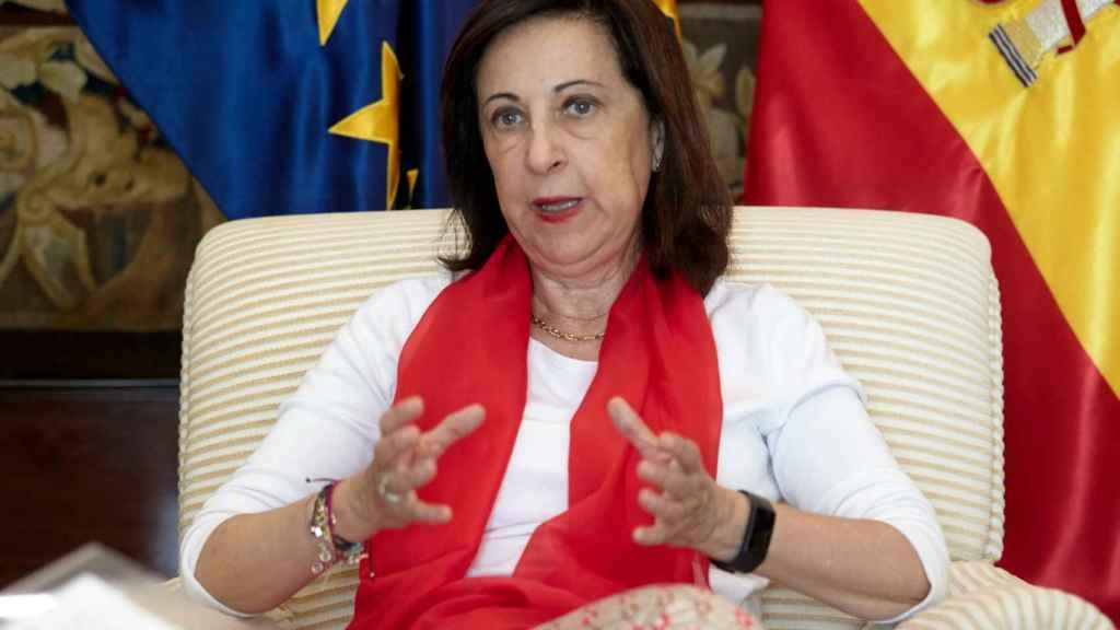 La ministra de Defensa aborda en su entrevista con EL ESPAÑOL los retos futuros de Defensa.
