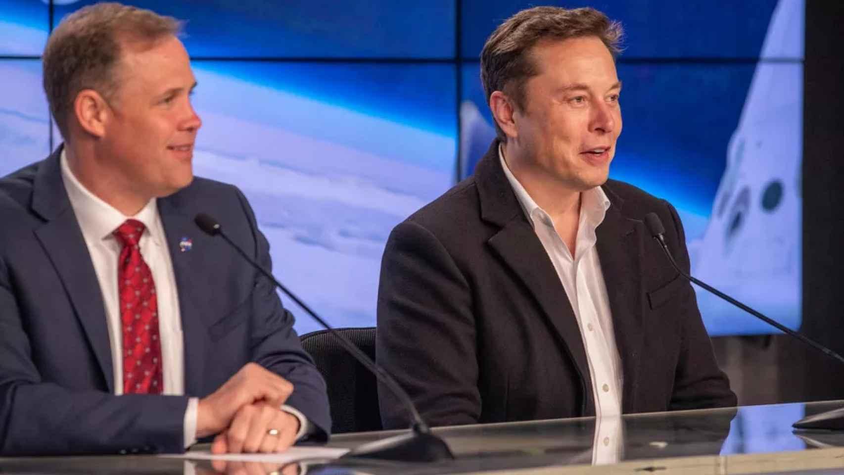 Elon Musk y Jim Bridenstine