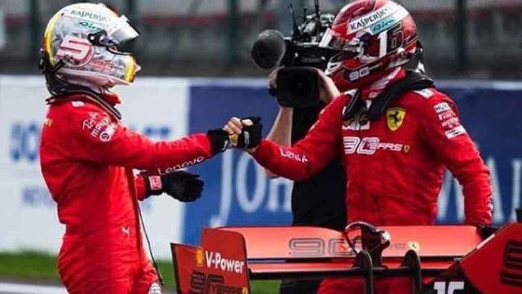 Sebastian Vettel y Charles Leclerc después de una carrera.