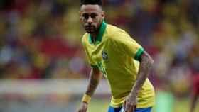 Neymar con Brasil.