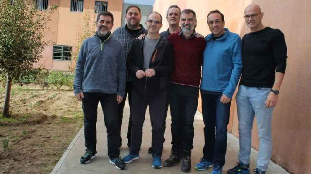 Foto difundida en diciembre de 2018 por los líderes del 'procés' en la cárcel de Lledoners./