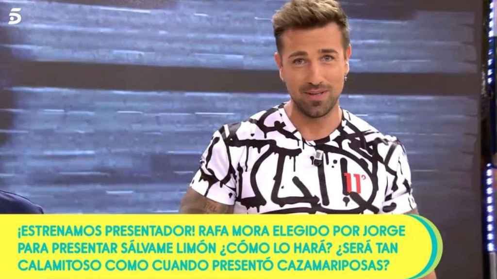 Rafa Mora en su estreno como presentador de 'Sálvame'.