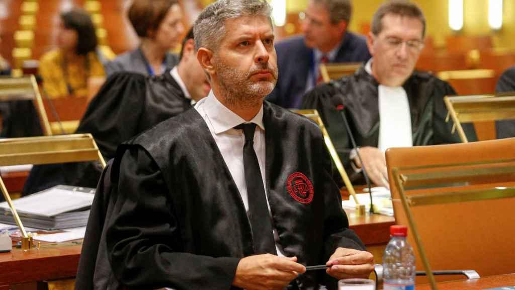 El abogado de Oriol Junqueras, Andreu van den Eynde, durante la vista ante el TJUE.