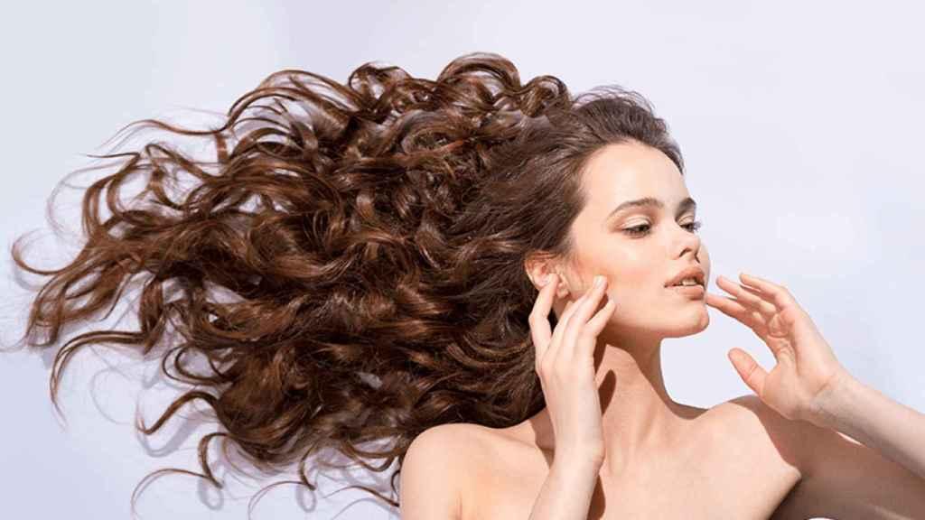 Imagen de un cabello con volumen.