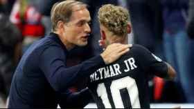 Neymar  y Tuchel en un partido.