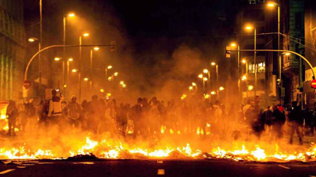 Imágenes de los actos violentos de este martes en Barcelona