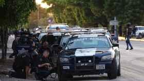 Agentes apostados en barrios de Sinaloa.