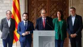 El presidente de la Generalitat, Quim Torra, junto a su vicepresidente, Pere Aragonés.