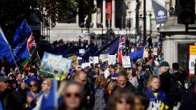 La manifestación ha recorrido Londres y ha terminado frente al Parlamento.
