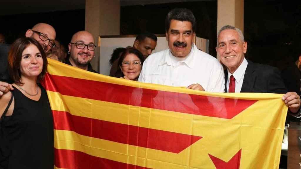 Nicolás Maduro con miembros de la CUP en Caracas.