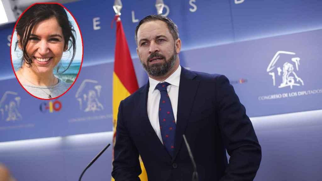 El líder de Vox, Santiago Abascal, en una imagen de archivo. A la izquierda, la responsable de prensa de Vox en el Congreso, Rosa Cuervas-Mons.