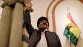 Morales tendrá que ir a una segunda vuelta entre denuncias de la oposición por manipular el resultado