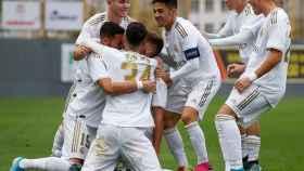 Piña del Juvenil A del Real Madrid en la UEFA Youth League 2019/2020