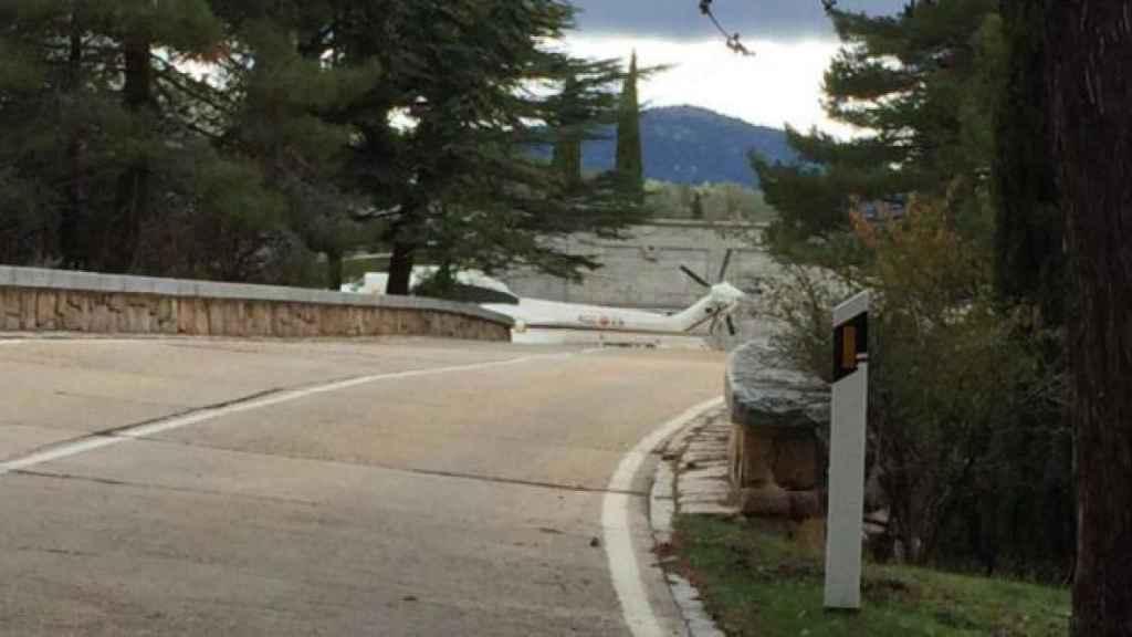 El helicóptero que trasladará los restos ya ha ensayado en el Valle.