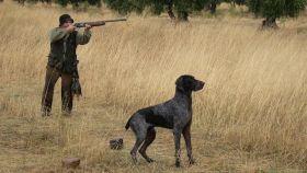Imagen de archivo de un cazador.
