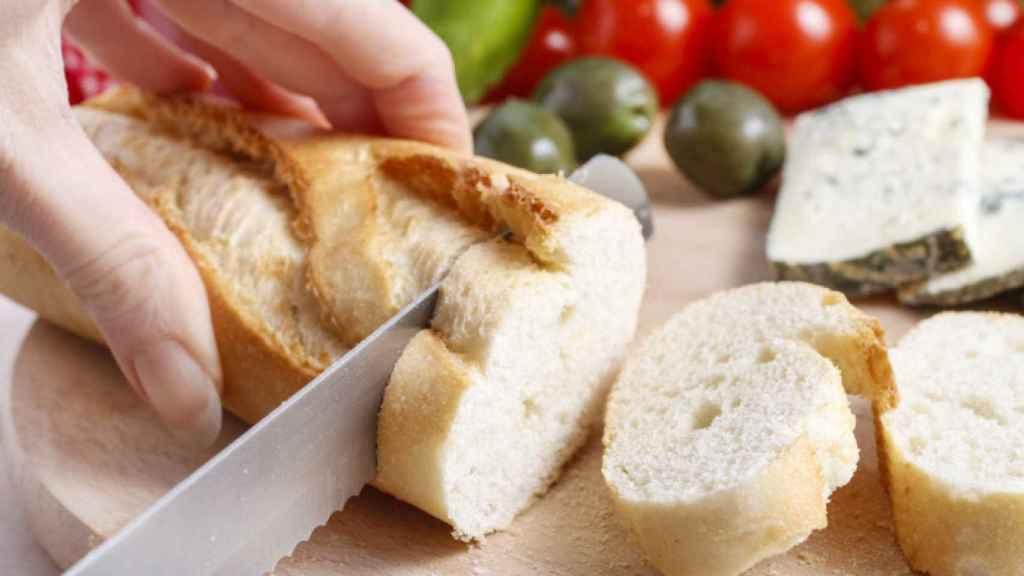 Pan blanco.