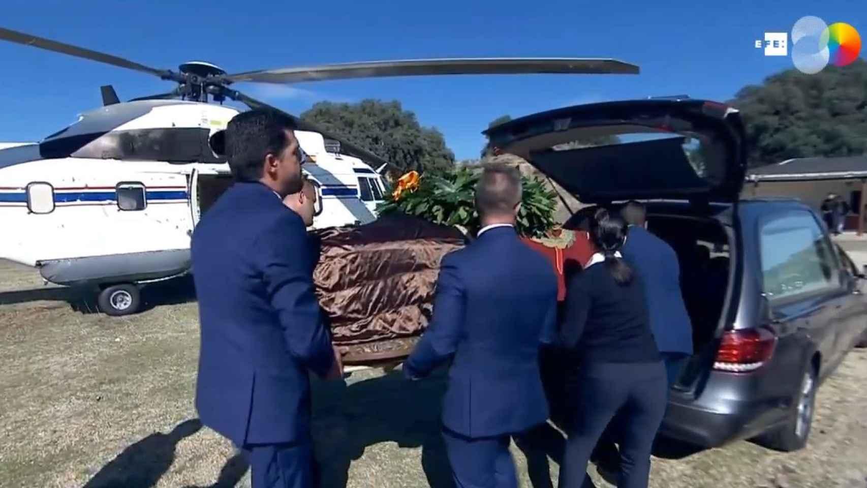 Los restos de Franco, dirección a Mingorrubio