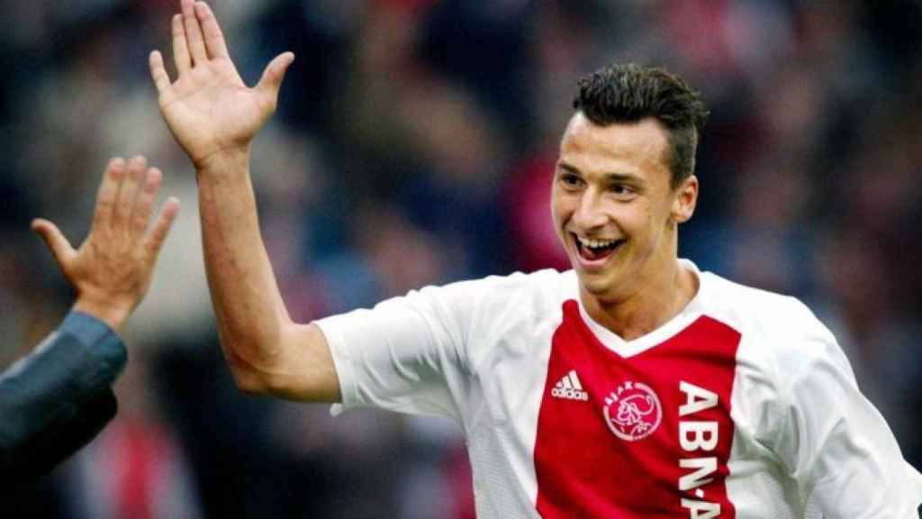 Zlatan Ibrahimovic, en un partido del Ajax de Ámsterdam