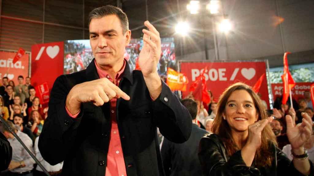El presidente del Gobierno en funciones y secretario general del PSOE, Pedro Sánchez. este domingo en La Coruña.