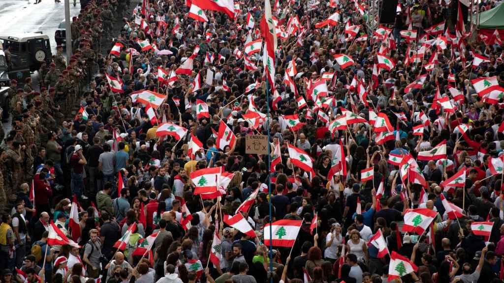 Miles de personas se han concentrado durante 13 días por todo el país para exigir el cambio de Gobierno.