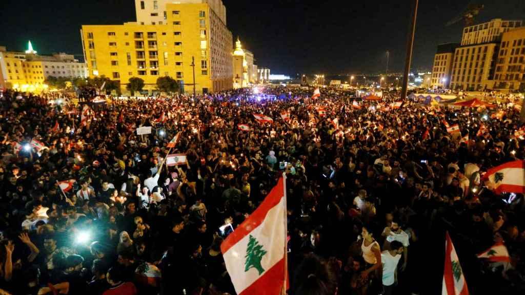 Manifestantes en las primeras jornadas de protestas en Beirut.