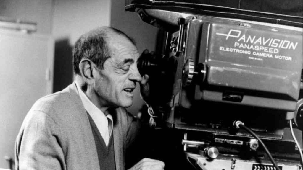 Luis Buñuel en un rodaje.