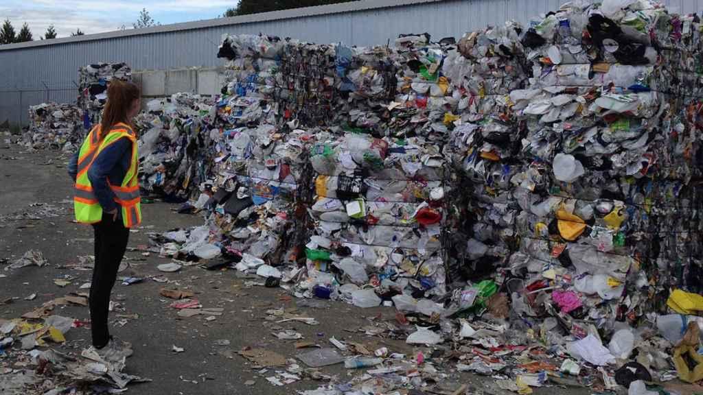 En España se generan unos 25 millones de toneladas de residuos urbanos al año. El 60% acaba en vertederos.