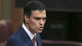 Pedro Sánchez, en una discusión con Mariano Rajoy en el Congreso de los Diputados.