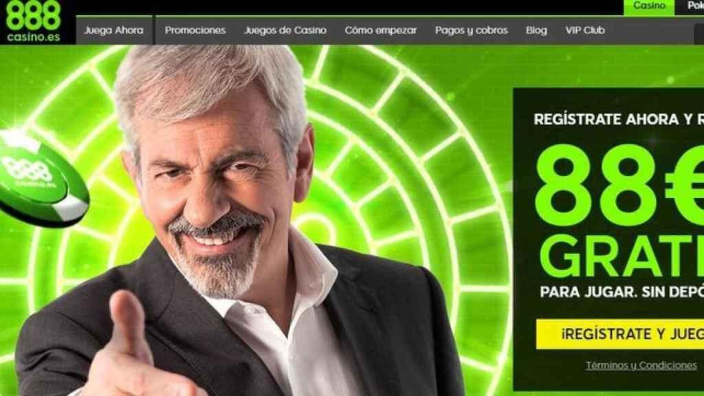 El presentador de televisión Carlos Sobera en una promoción de 888poker.